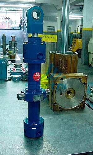 Atuador hidráulico linear