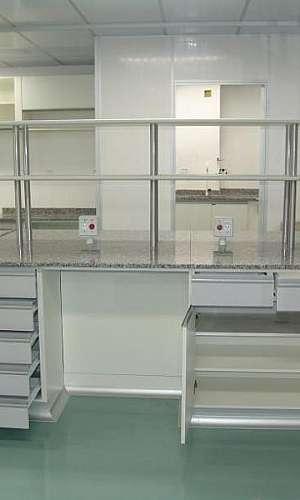 Cotação de móveis para laboratórios